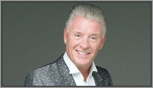 famous-mediums-uk-derek-acorah