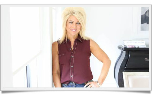theresa-caputo-framed